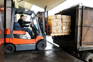 Container Handling in St. Louis | Logistics & Warehousing Services